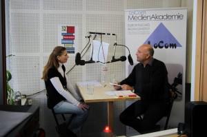 LoCom-Redakteurin Chris Molner mit Dr. Hidir Celik