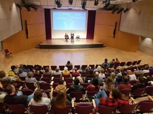 Poetry Slam mit Ella Anschein und Jessy James LaFleur, Foto: Celik